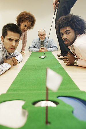 10 office games to spice up your work life computhink