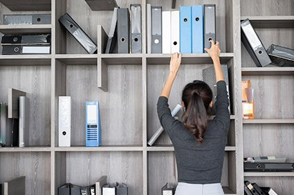 6 Organization Tips for Office Administrators